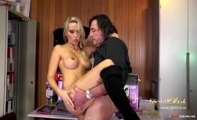 Porno gedreht mit Milf Julia Pink