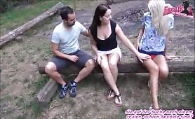 Schwestern tauschen beim Outdoor Sex ihre Partner aus